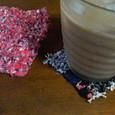 裂織りコースターと、裂き編みコースター