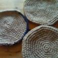 麻ひものまーるい鍋敷き。